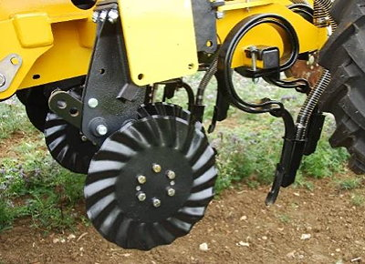 Claydon offers this LD Twin Tine and double Spiradisk set-up as an alternative to the standard leading tine and seven-inch A share