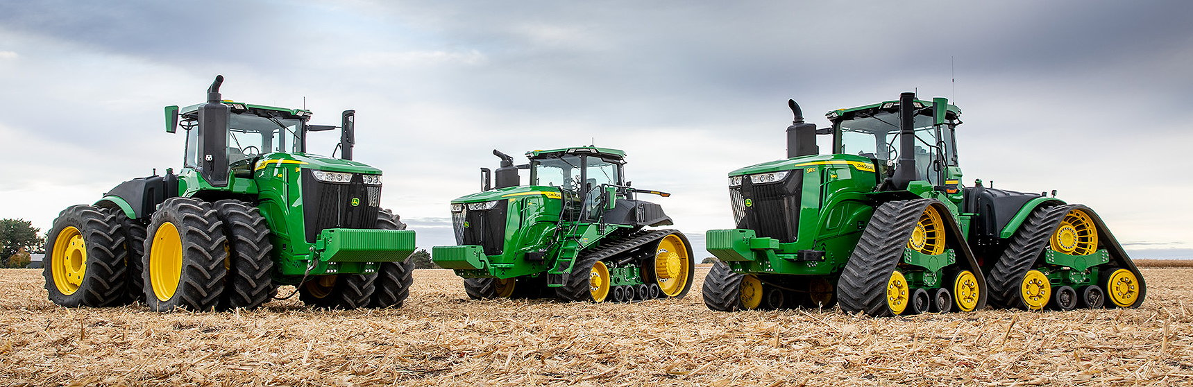 The 2021 Deere offering includes 9R wheeled tractors, 9RT twin-track models and 9RX four-track versions.