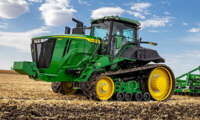 Deere's 627hp 9RT570 heads three twin-tracked models in the new 9R Series.