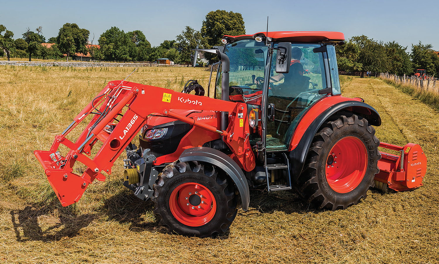 The 74hp Kubota M4073 can be fitted with the brand's LA1365 front loader.