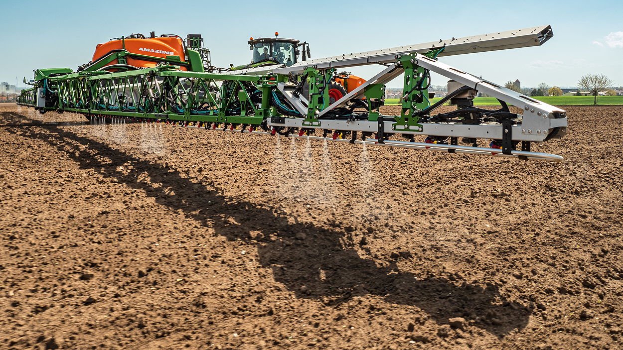 Amazone's UX5201 SmartSprayer has started field-level trials this spring