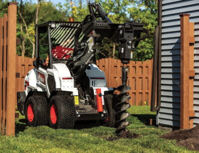 The new SALs are truly multi-purpose machines because Bobcat has developed a special version of the its Bob-Tach attachment mounting system, allowing the use of both S70/MT55 and S100/S450 approved attachments