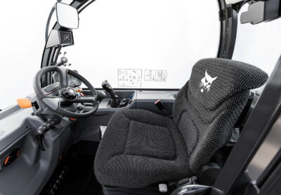 The improved cab on the new R-Series Bobcat telescopic handlers includes a top-class Grammer seat
