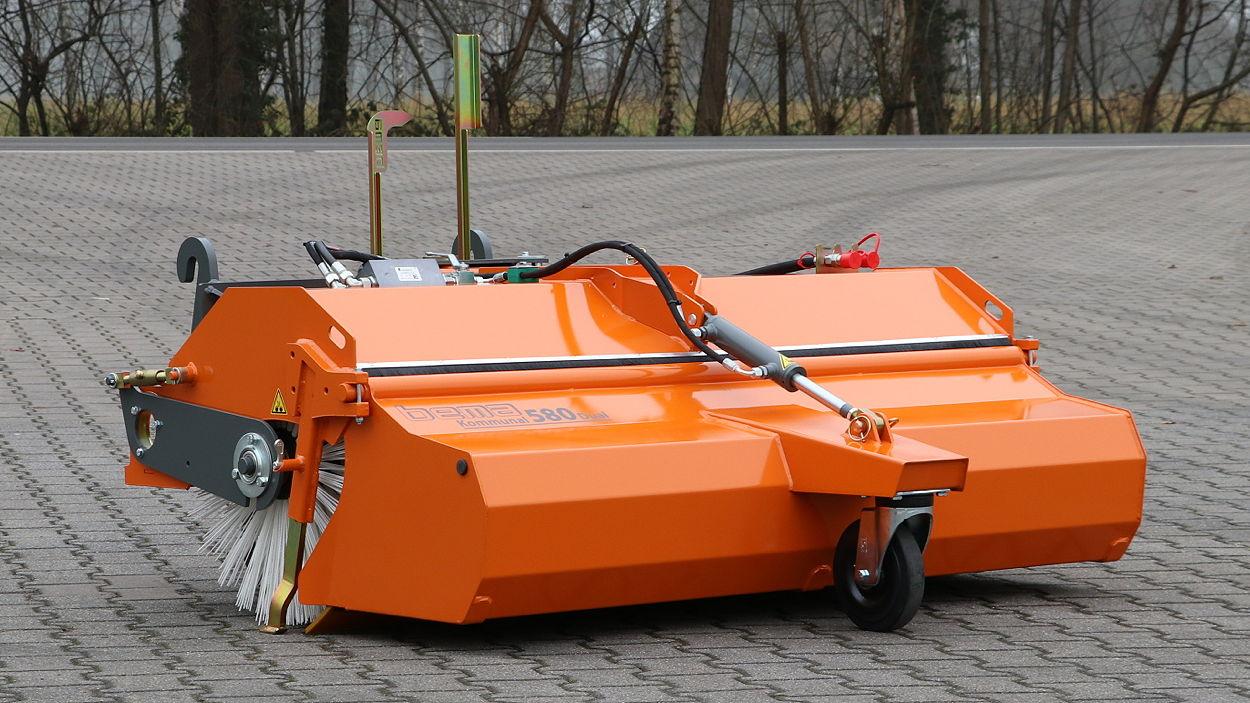 The new Bema Kommunal 580 Dual brush sweeper