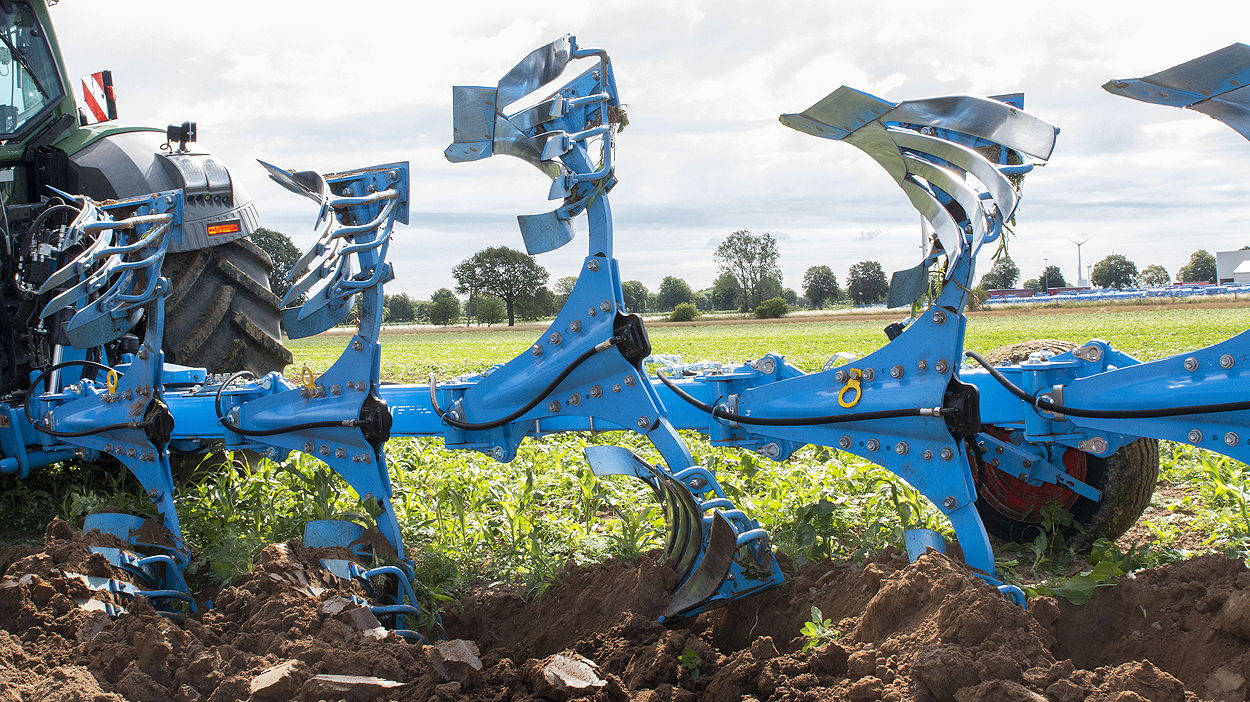 Lemken has introuduced its new OptiStone overload protection system