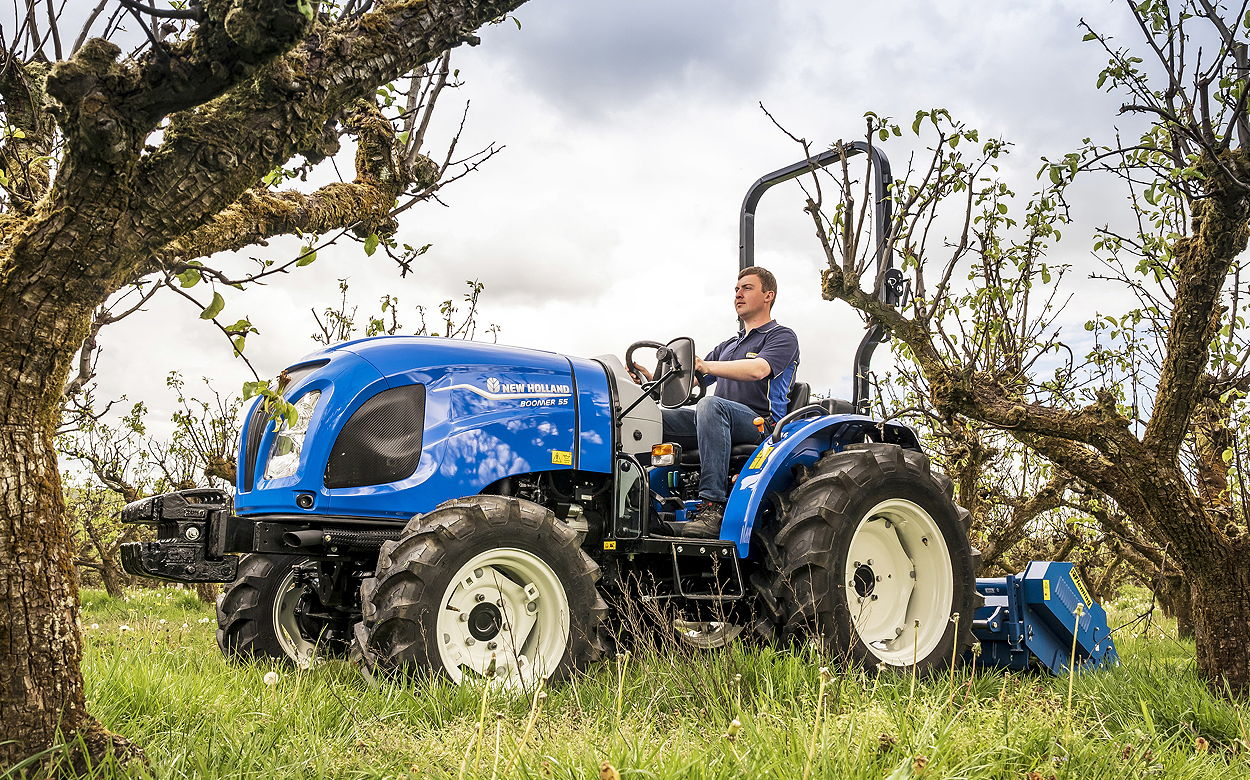 Cab and ROPS models are available for all but the smallest Stage V Boomers