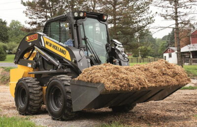 The latest New Holland L328 is one of nine models in the current range