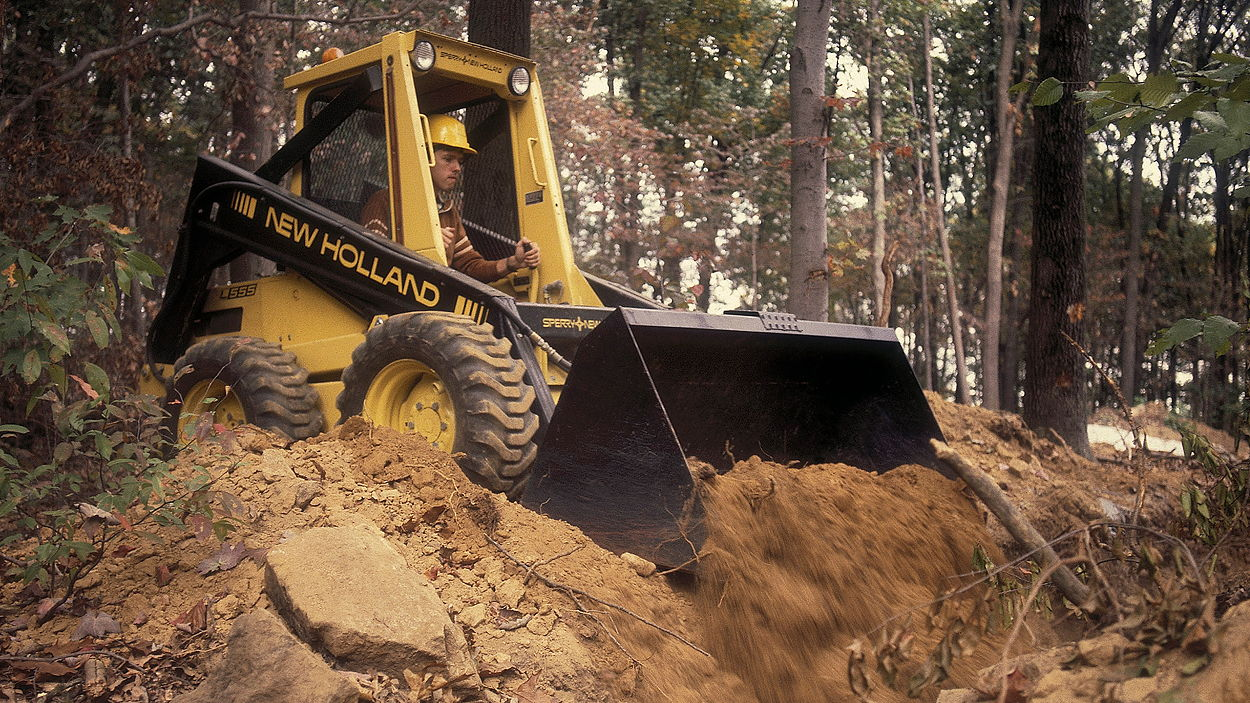 The New Holland L555 was built throughout the 1980s
