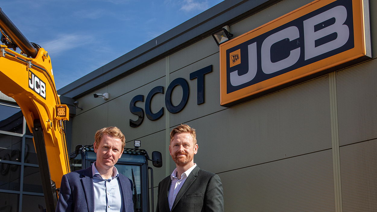 Iain (left) and Robin Bryant, joint managing directors of the Scot JCB group