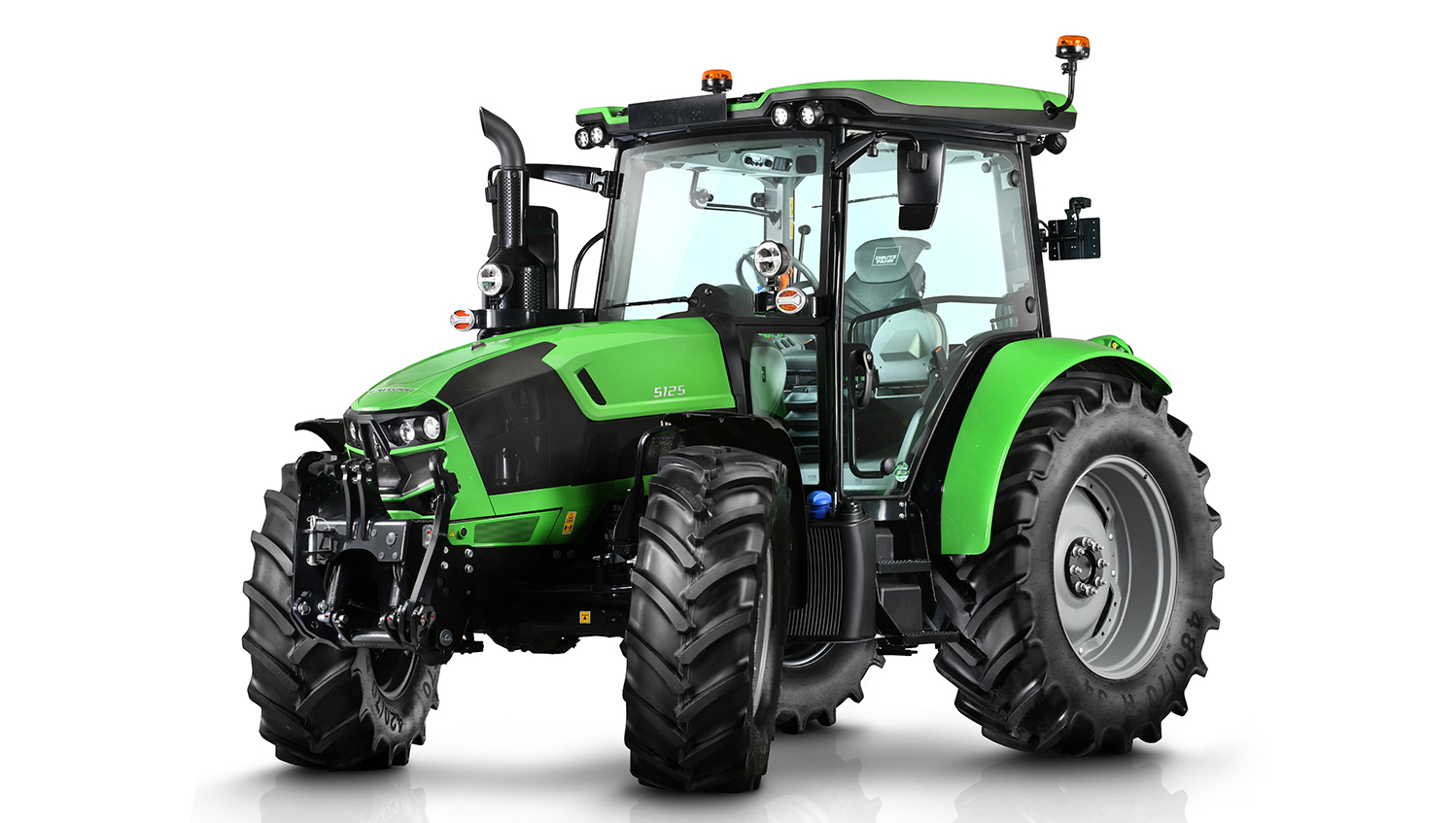 The Deutz-Fahr 5125 sits at the top of the brand's new 5 Series