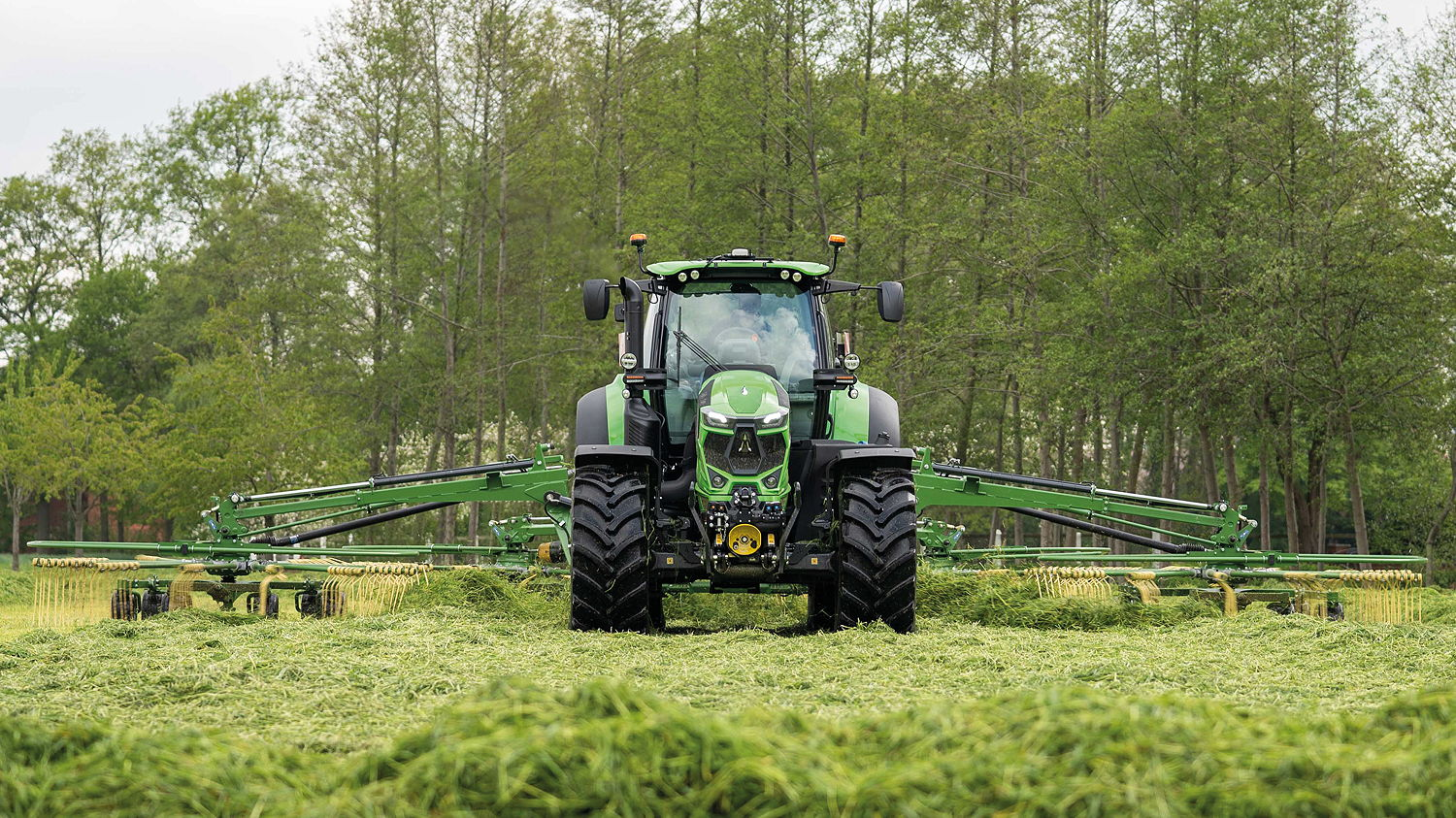 The new 7-Series TTV tractors offer up to 247hp