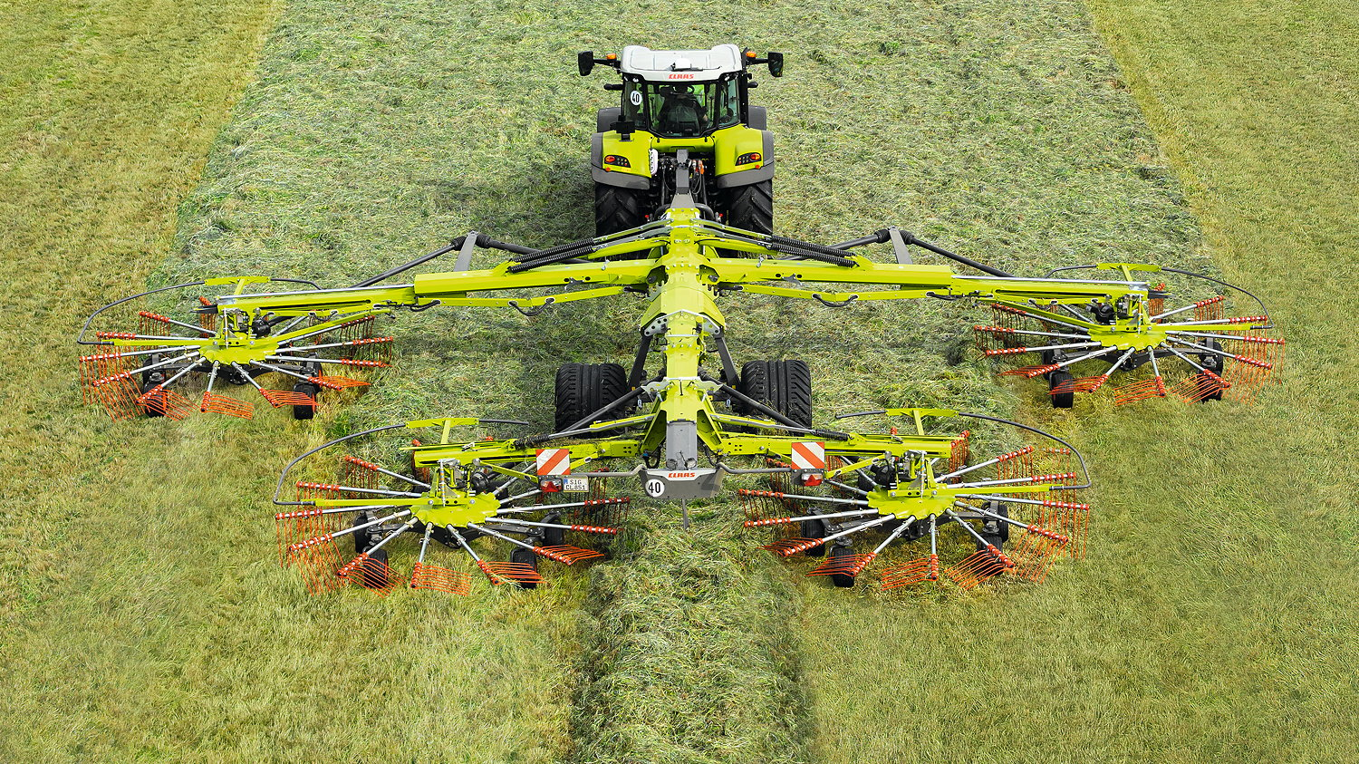 The 2022 four-rotor Claas Liner range offers working widths up to 15.0m